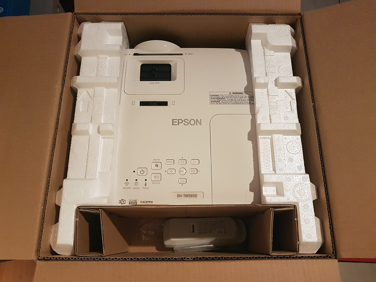 Espon EH-TW5650 full review | projectorjunkies